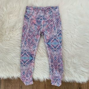 Calia by Carrie Underwood Capri Leggings
